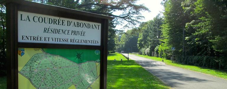 Monument Historique Abondant ville 5 - Jedefiscalise.com