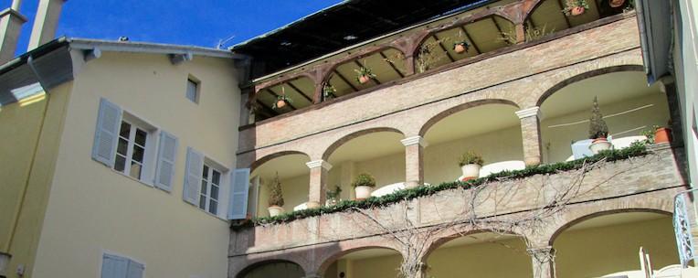 Monument Historique Palais Archiepiscopal Embrun - Jedefiscalise.com - 26