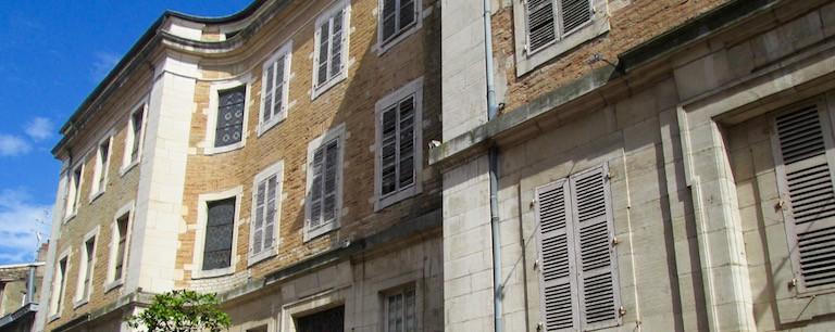 Monument Historique - Macon - Charité Soufflot - Jedefiscalise.com - 1