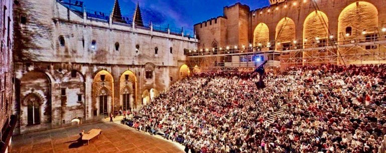 Loi Malraux - Avignon - Cour des Doms - jedefiscalise.com - 2