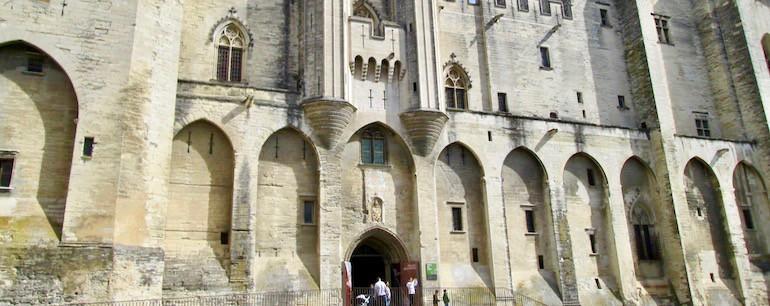 Loi Malraux - Avignon - Cour des Doms - jedefiscalise.com - 7