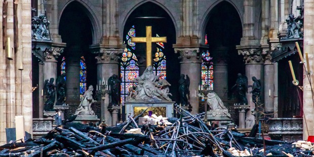 Grandeur et misère du patrimoine religieux en France